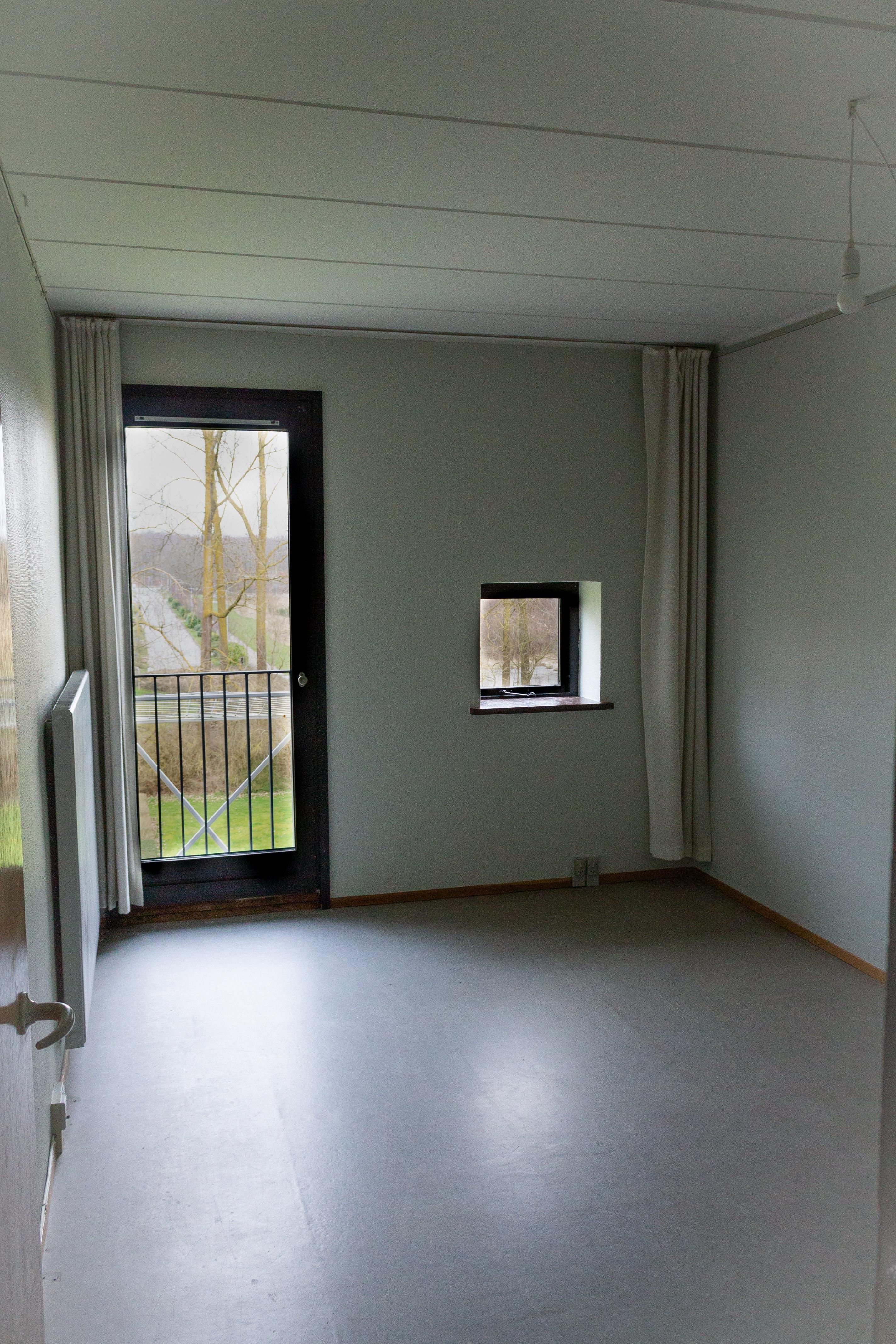 værelse // room